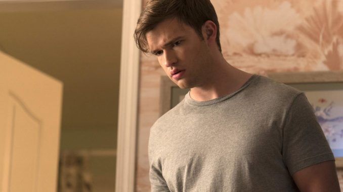 Burkely Duffield Married, Son, Family, Girlfriend, Relationship, Weight