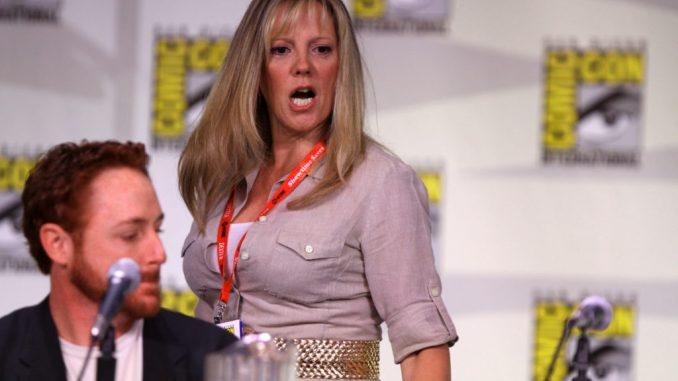 Wendy Schaal's Bio: Net Worth, Married, Salary, Today, Siblings, Sister