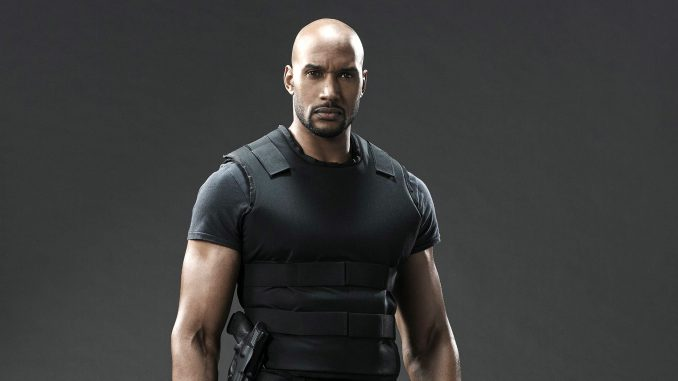Henry Simmons Wife, Sister, Weight, Wedding, Now, Son, Today, Parents, Married
