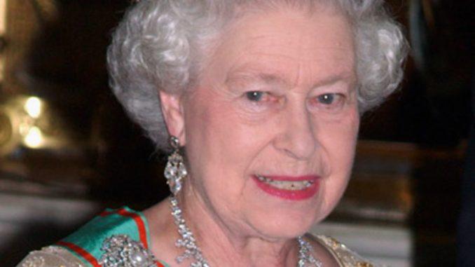 Queen Elizabeth Child, Children, Sister, Husband, Father, Family, Wedding