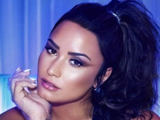 Who is Demi Lovato? Bio: Son, Sister, Net Worth, Married, Parents, Father