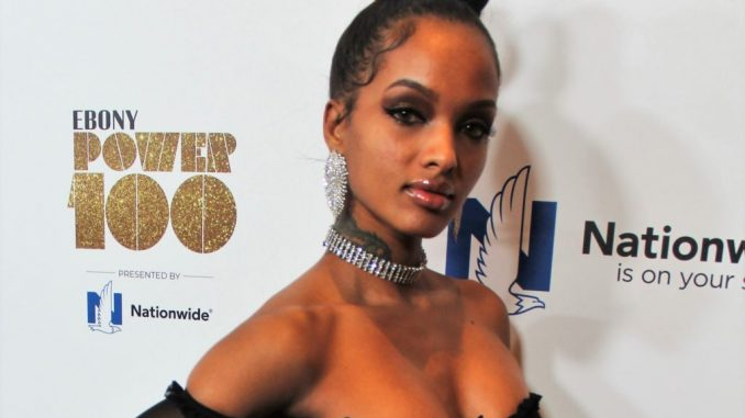 Who is Lola Monroe? Wiki: Net Worth, Husband, Son, Baby, Real Name, Weight