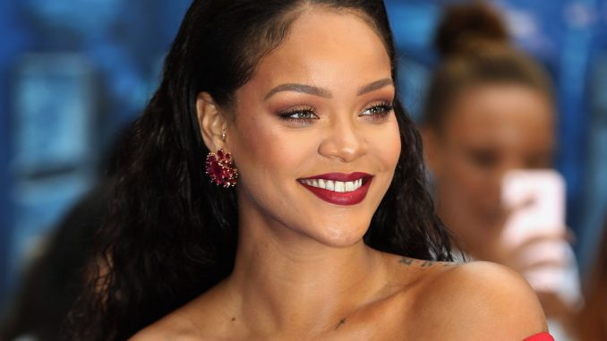 Who is Rihanna? Wiki: Net Worth, Son, Boyfriend, Real Name, Dating, Now