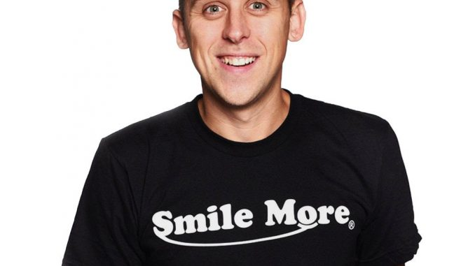Roman Atwood's Wiki: Net Worth, Baby, Wife, Family, Kids, Daughter, Salary