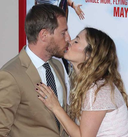 Will Kopelman' wife got pregnant after three weeks of engagement.