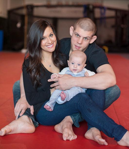 Joe Lauzon Family