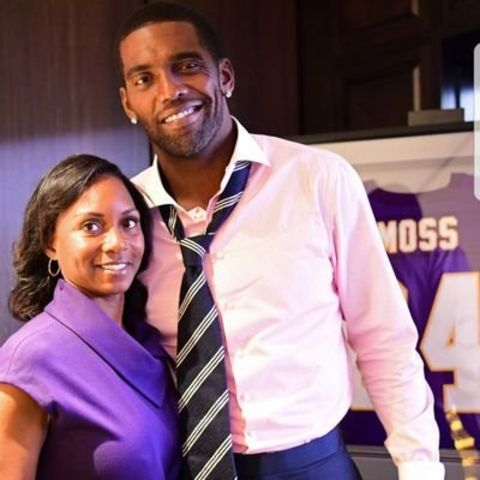 Randy Moss with wife