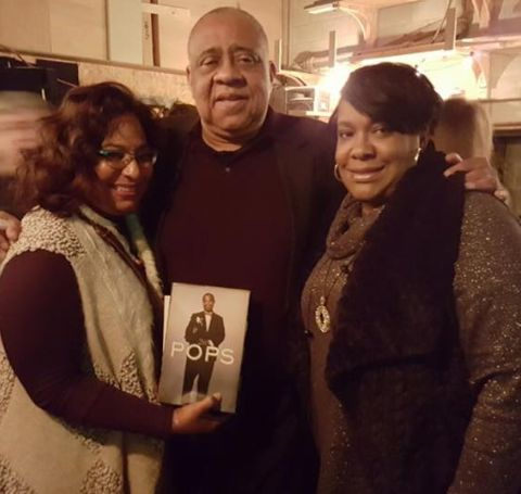 Barry Shabaka Henley with his family members