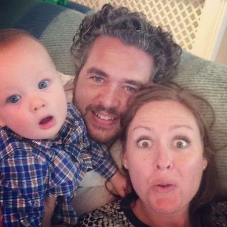 Lorne Balfe is married to Nina Balfe since 2014.