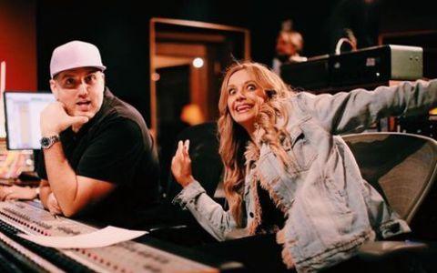 Busbee in the studio.