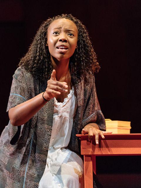 Actress, Mimi Ndiweni giving a speech.