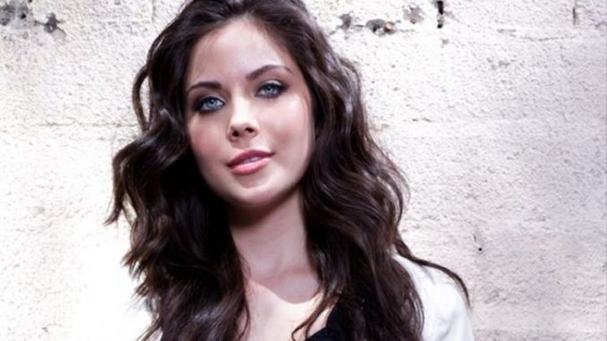 Grace Phipps has a net worth of $500 thousand