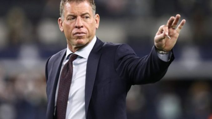 Troy Aikman played NFL for Dallas Cowboys from 1989-2000.