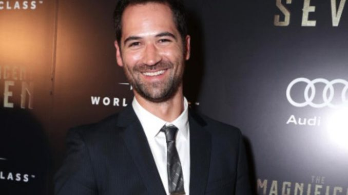 Manuel Garcia-Rulfo holds a net worth of $300,000 as of 2019.