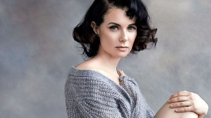 Mia Kirshner was the main character in The L Word as Jenny Schecter. Source: Affairpost