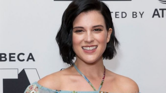 Alexandra Socha holds a net worth of $500,000 as of 2019.