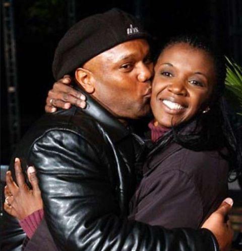 Vecepia married her boyfriend Leander in 2002.