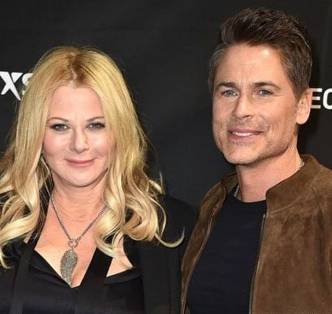 Sheryl Berkoff and her beau Rob Lowe pose for a photoshoot.