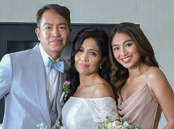 Nadine Lustre With Her Parents