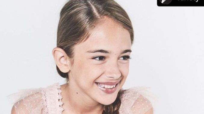 Julia Butters is the child actor from the movie, Once Upon a Time… in Hollywood.
