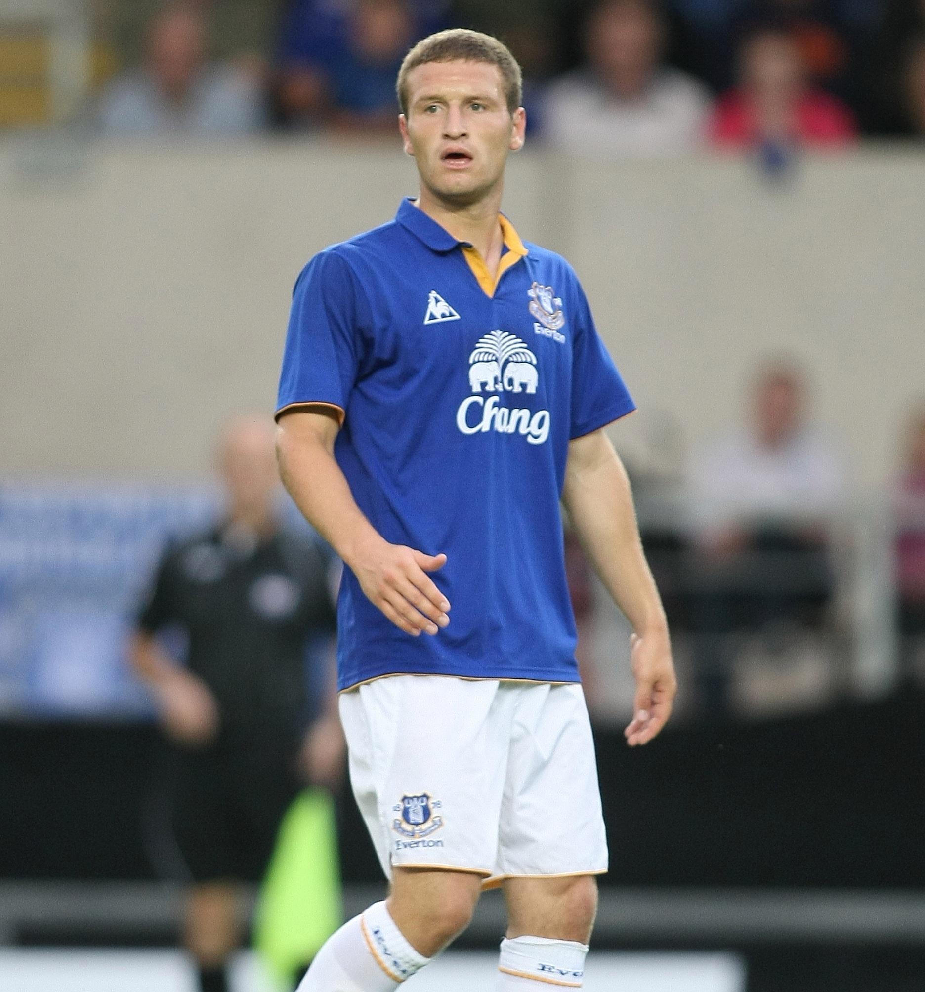 Shkodran Mustafi Everton