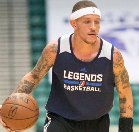 Caressa Suzzette Madden is the wife of the former basketball player, Delonte West.
