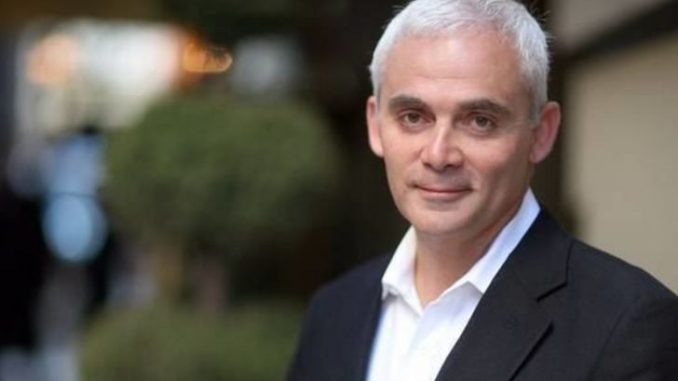 Frank Giustra has an estimated $1 million as his total net worth.