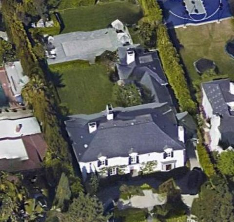 Nina Kotick owns a mansion which worth around $11 million.