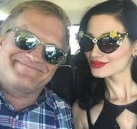 Gareth Pursehouse's former  lover Amie Harwick with Drew Carey in a picture.