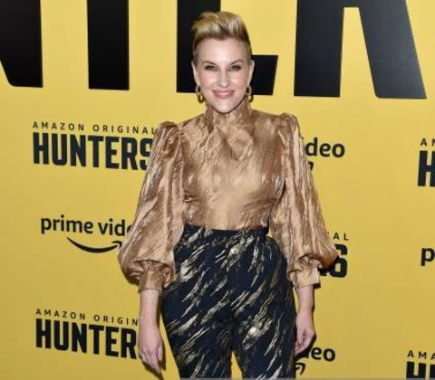 Kate Mulvany giving a pose in an event.