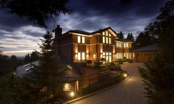 Ronaldo Cristiano House, Address, Area, Price, Rooms
