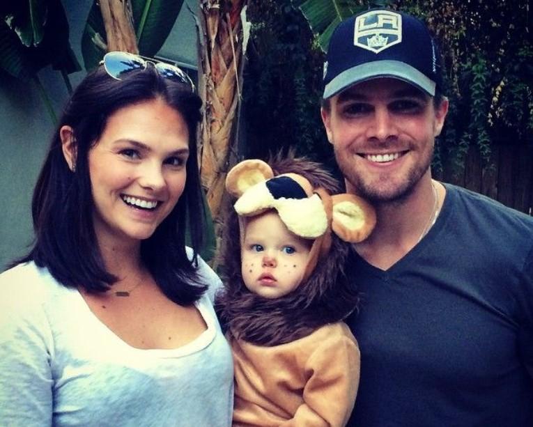 Stephen Amell family