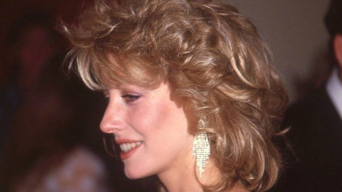 Where is Linda Kozlowski today? Net Worth, Ex-Husband, Bio