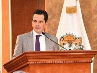 Fausto Gallardo Divorced Wife Marcela Valladolid With Son
