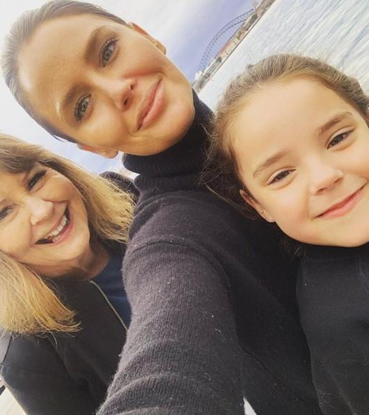 Jodi Anasta family
