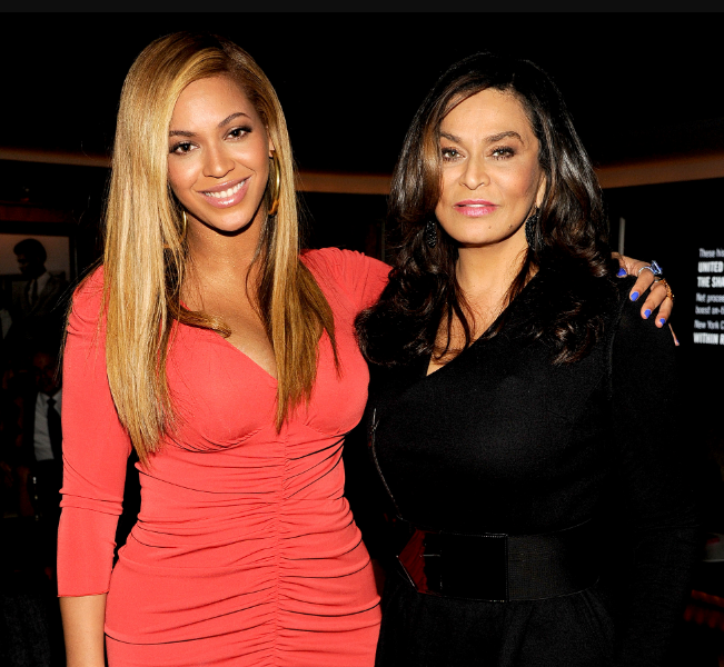 Tina Knowles with her daughter, Beyonce
