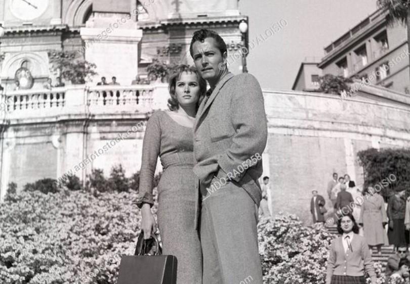 Ursula Andress husbandj