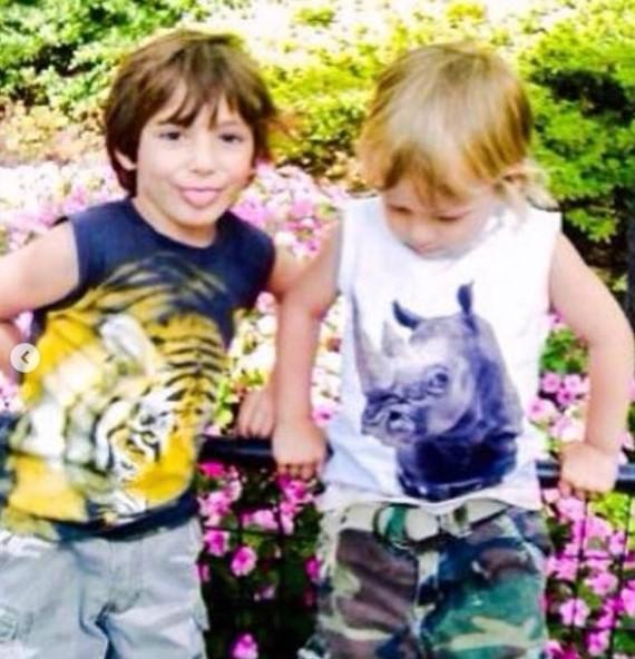 Darcey and Stacey Silva children