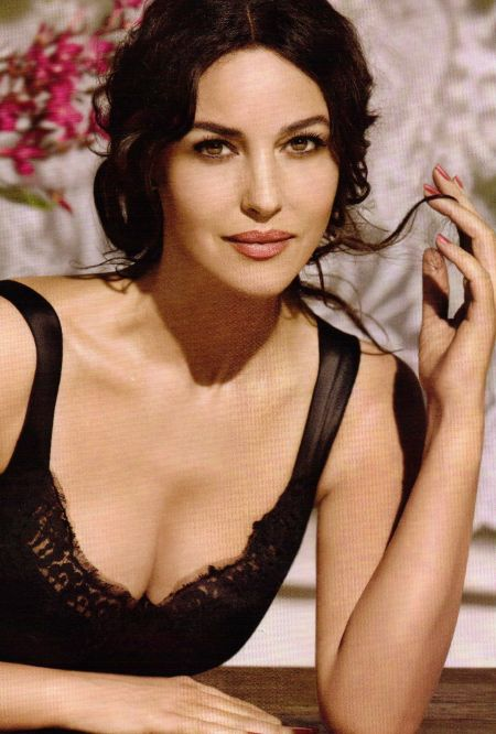 A Snippet of Gorgeous Model Monica Bellucci
