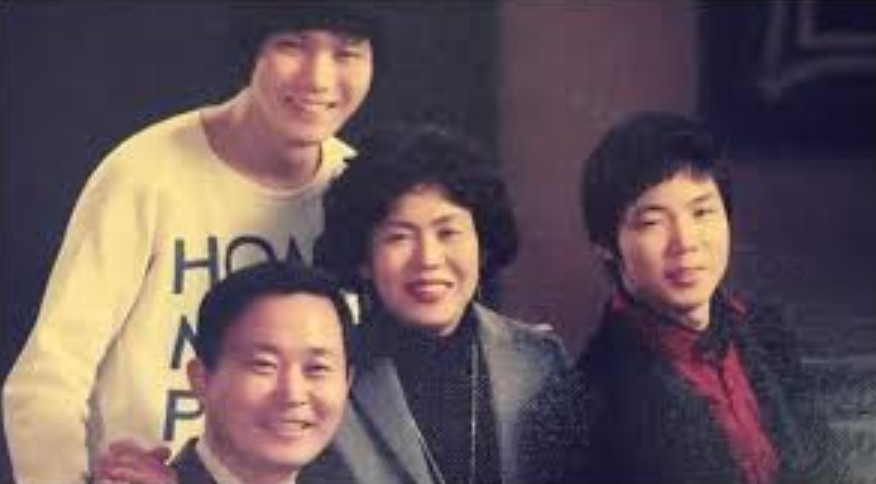 Jihoon Lee parents