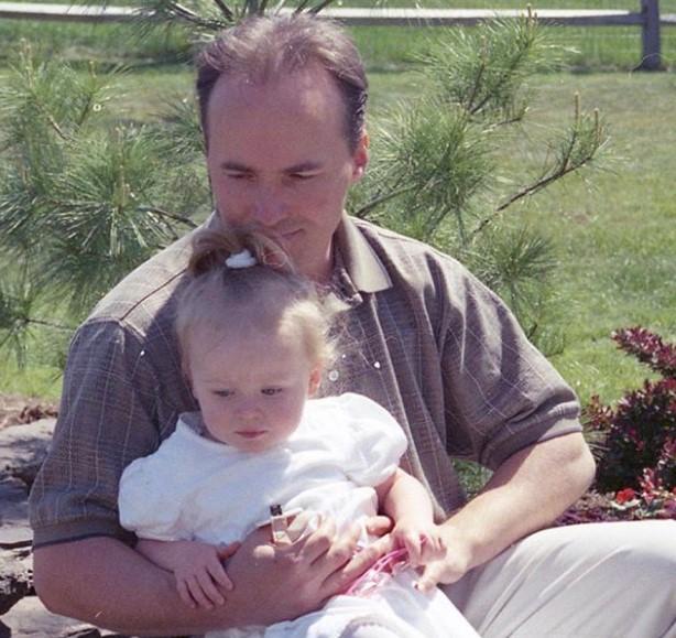 Sabrina Carpenter father