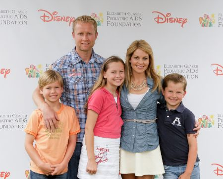 Cameron with her Husband and Kids