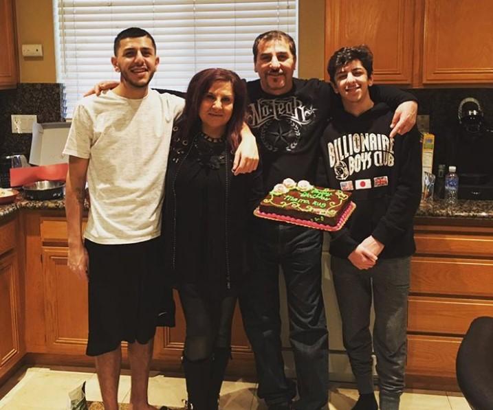 Papa Rug family