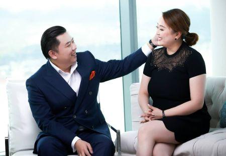 Dan Lok with his wife Jennie Li