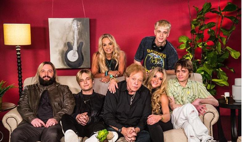 Eddie Money with his family