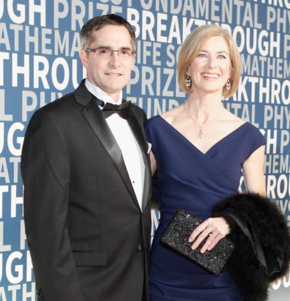Jennifer Doudna and her husband, Jamie Cate (L)
