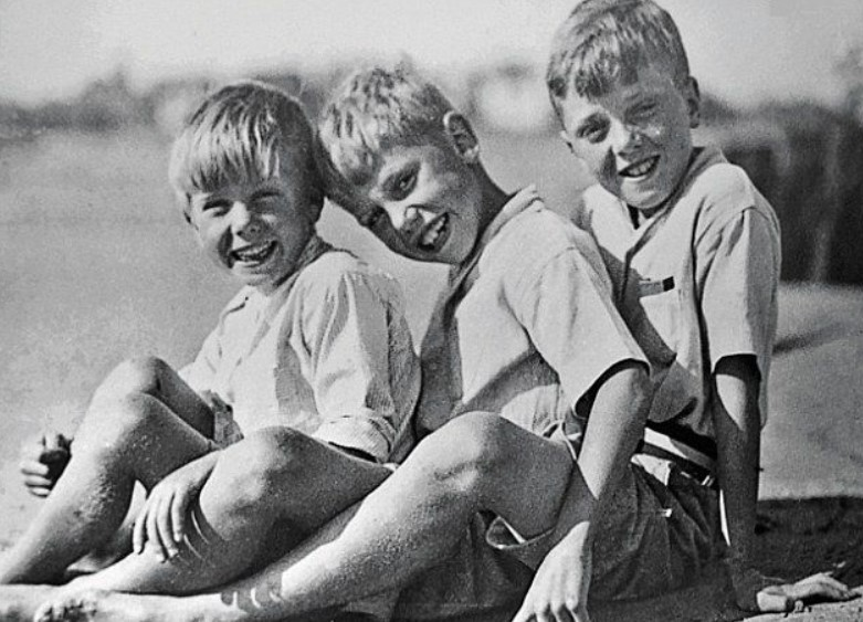 David Attenborough siblings