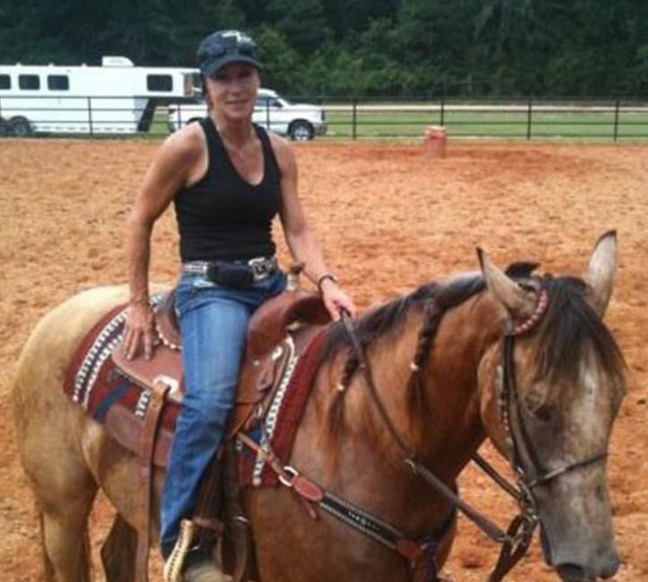 Darlene Moran barrel race