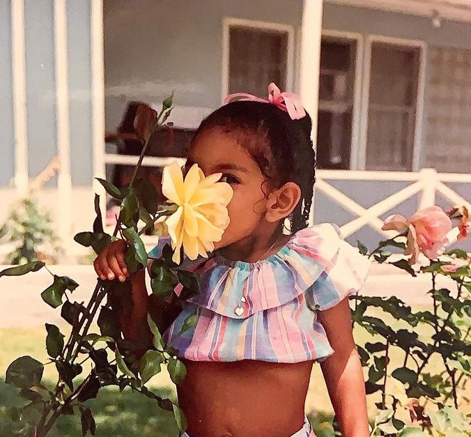 Tayshia Adams child