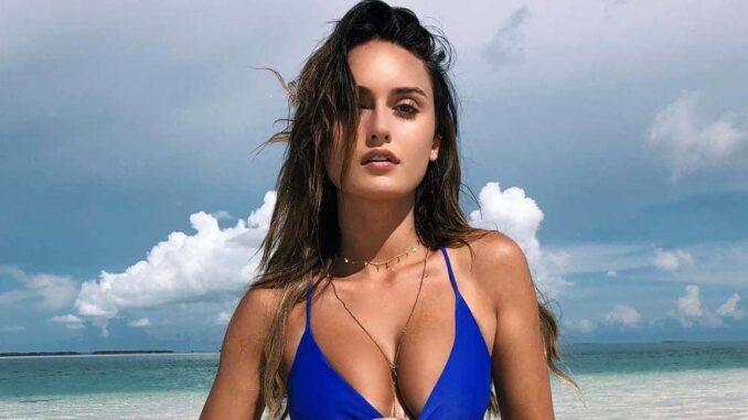 The Untold Truth Of Instagram Star - Julia Rose